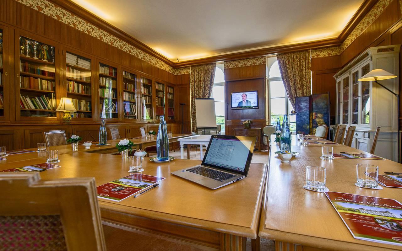 Grande salle de séminaire, réunion entreprise auvergne, Château d'Ygrande.