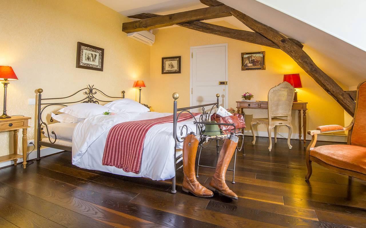 Chambre spacieuse, hôtel 4 étoiles auvergne, Château d'Ygrande