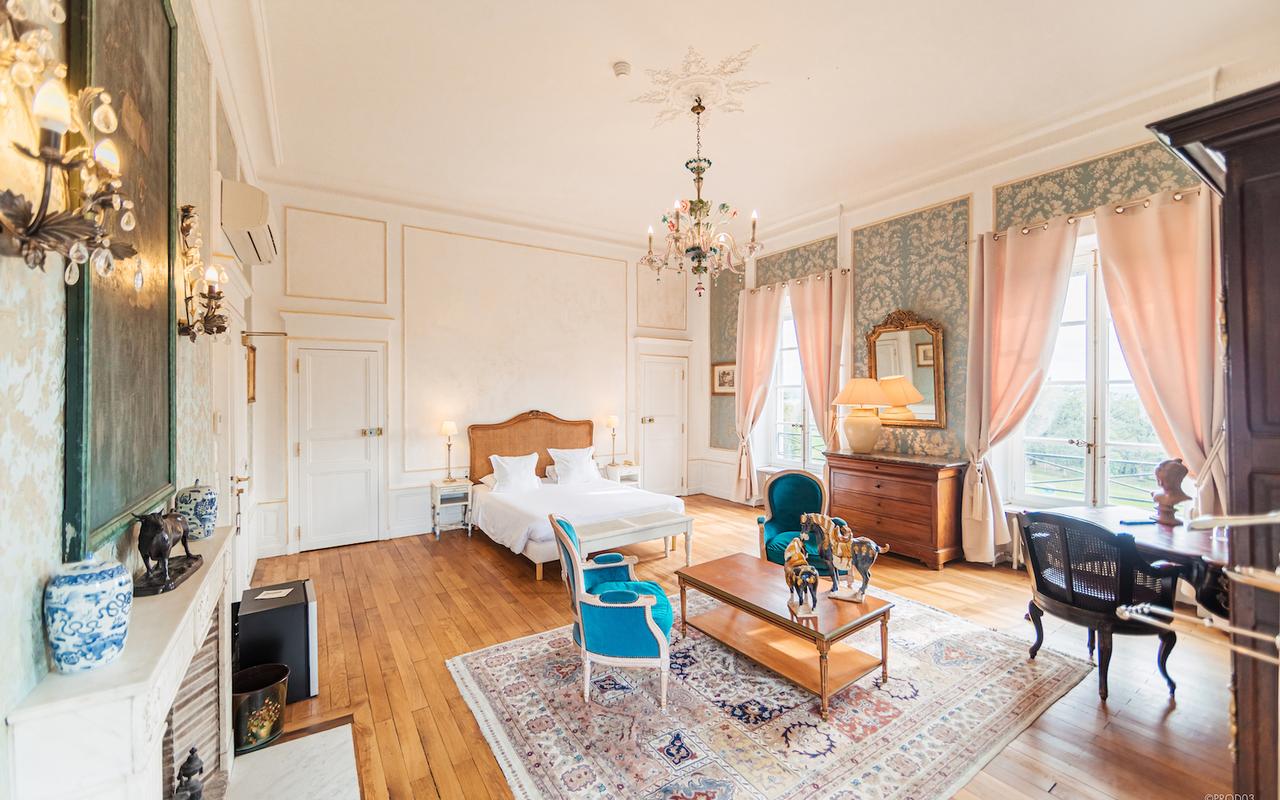 Chambre, hotel de charme en auvergne, Château d'Ygrande.