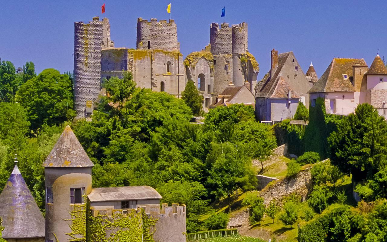 Château, sejour auvergne, Château d'Ygrande