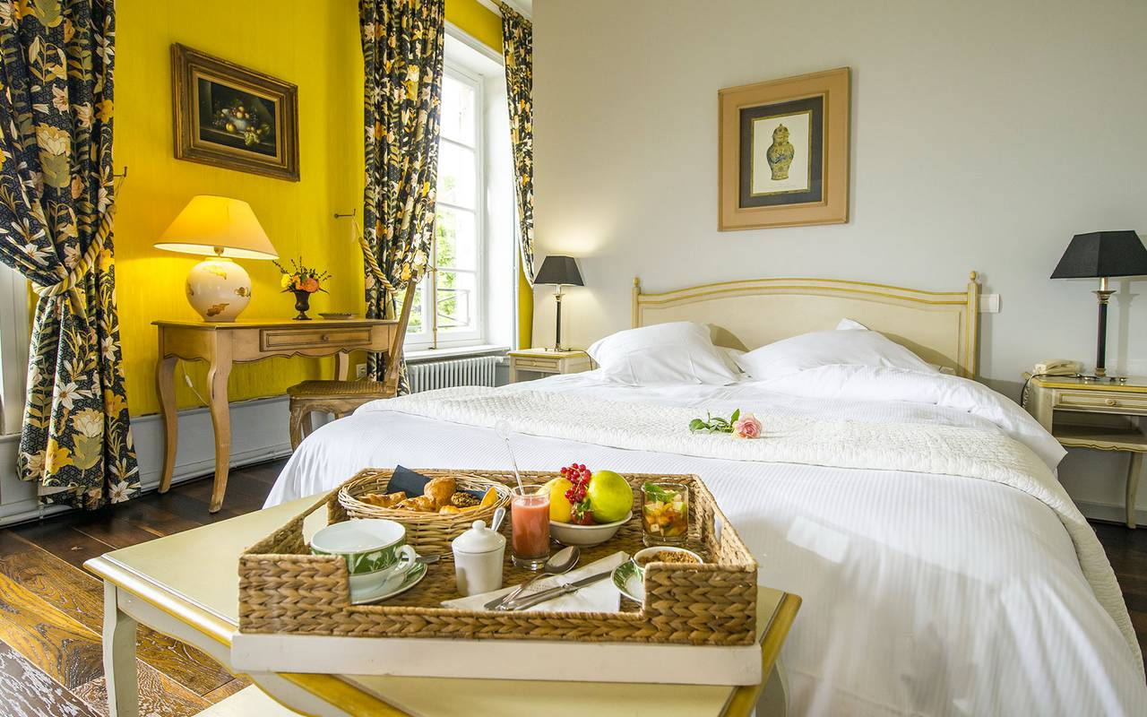 Sublime chambre avec petit-déjeuner, hôtel 4 étoiles auvergne, Château d'Ygrande