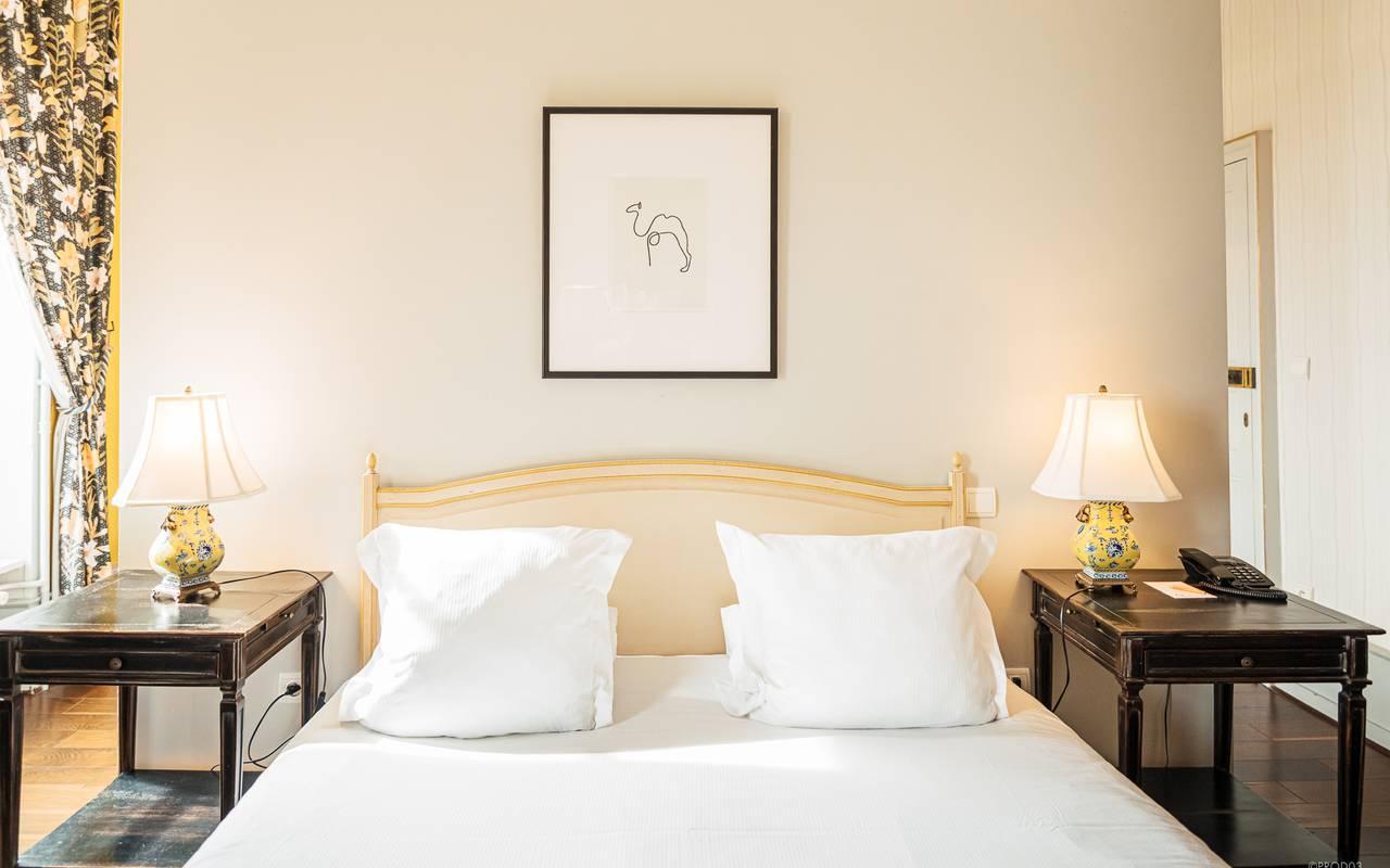 Belle chambre supérieure, hôtel 4 étoiles auvergne, Château d'Ygrande