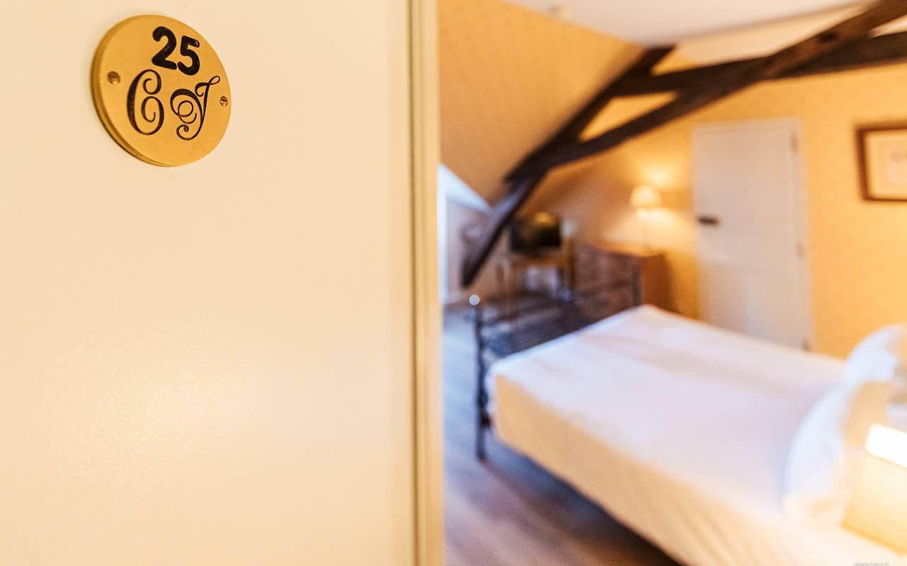 Chambre standard, hôtel 4 étoiles auvergne, Château d'Ygrande